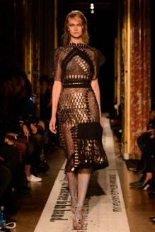 gosia-baczynska-paris-fashion-week-2014-1